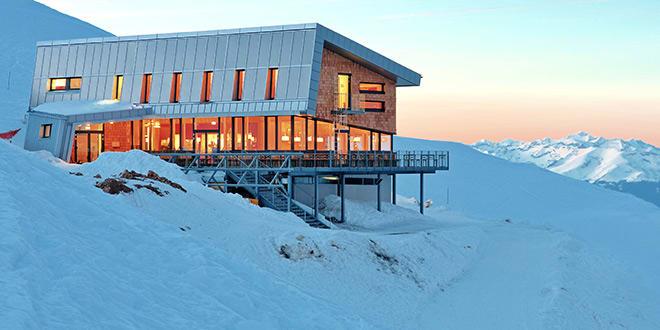 includes/images/header/allgemein/00000032910_Gipfelhaus-Dobratsch_Region-Villach-Tourismus-GmbH_Adrian-Hipp.jpg